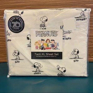 Berkshire Peanuts Sheet Set Twin XL Snoopy New